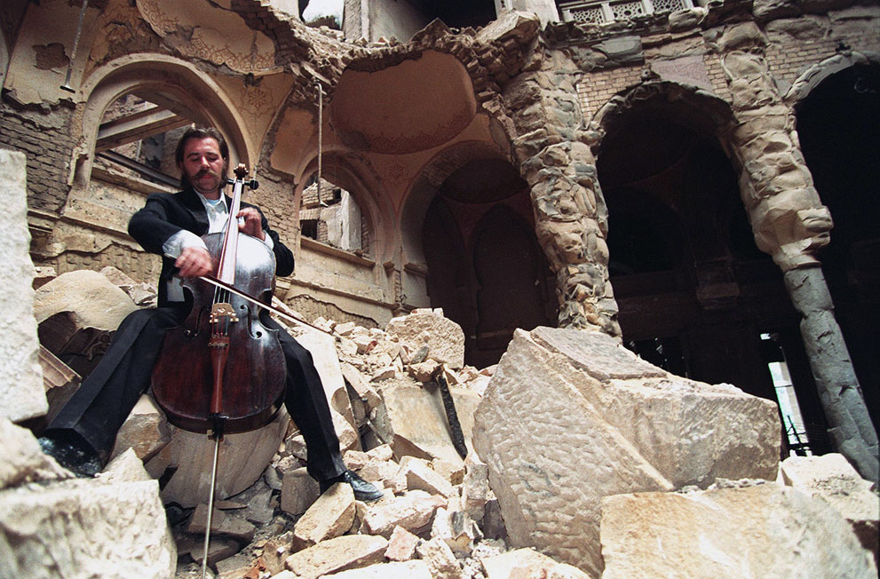Vedran Smailovic, the Cellist of Sarajevo (Photo credit: Michael Evstafiev/AFP/Getty Images)